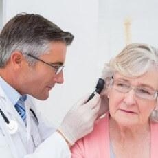 Дегенеративное изменение костей слухового аппарата приносит много дискомфорта пациентам.